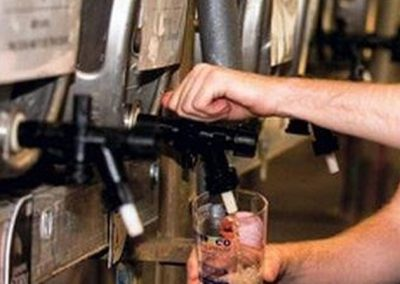 Craft_Beer_795x447_happy_guy_pouring_beer