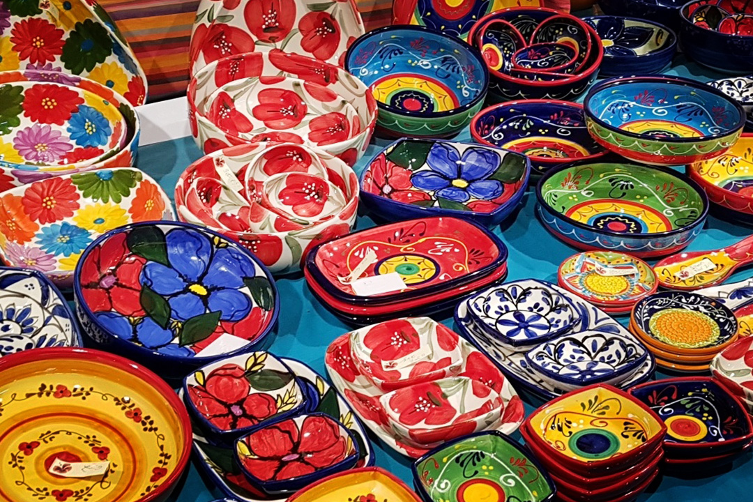 International craft pottery